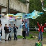 Les démonstrations de l'après-midi : les bulles géantes de Fred Ericksen